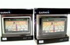 Новинки GPS навигаторов Garmin nuvi: один белый, другой серый